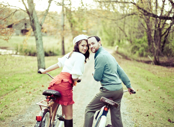 Good Wedding Sites - Tell Your Story - Couple On Bikes